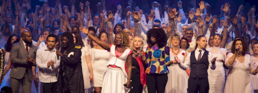 Gospel Walk & DeeDee Daniel - La ville rose chante en choeur pour Haïti